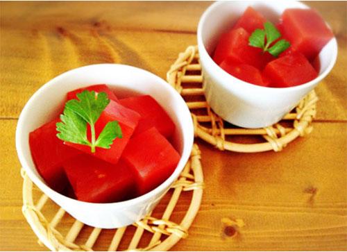 食べるだけで健康的に痩せられる!? 話題のトマト寒天ダイエットの効果&方法