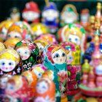 マトリョーシカ、かわいい入れ子人形を楽しみましょ!